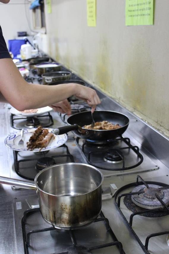 Saubere Hostel Küche