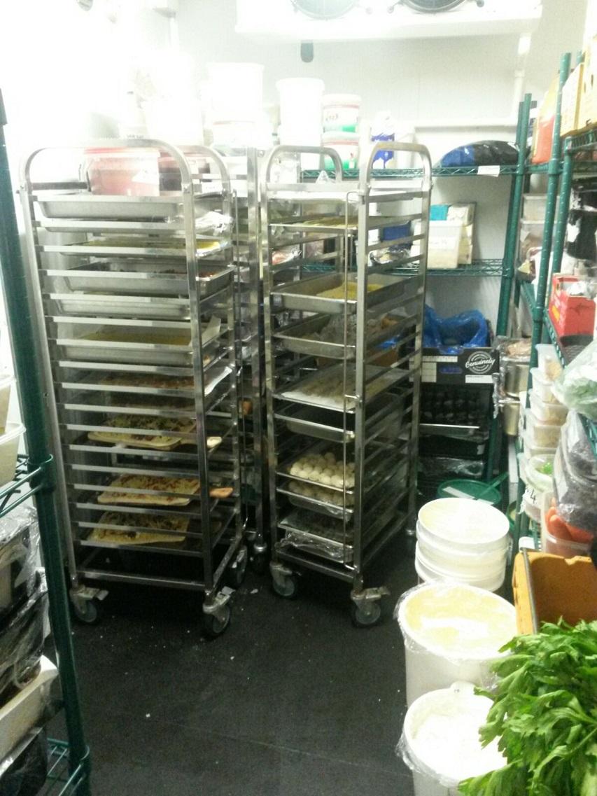 Essen wurde im Kühlraum vorbereitet